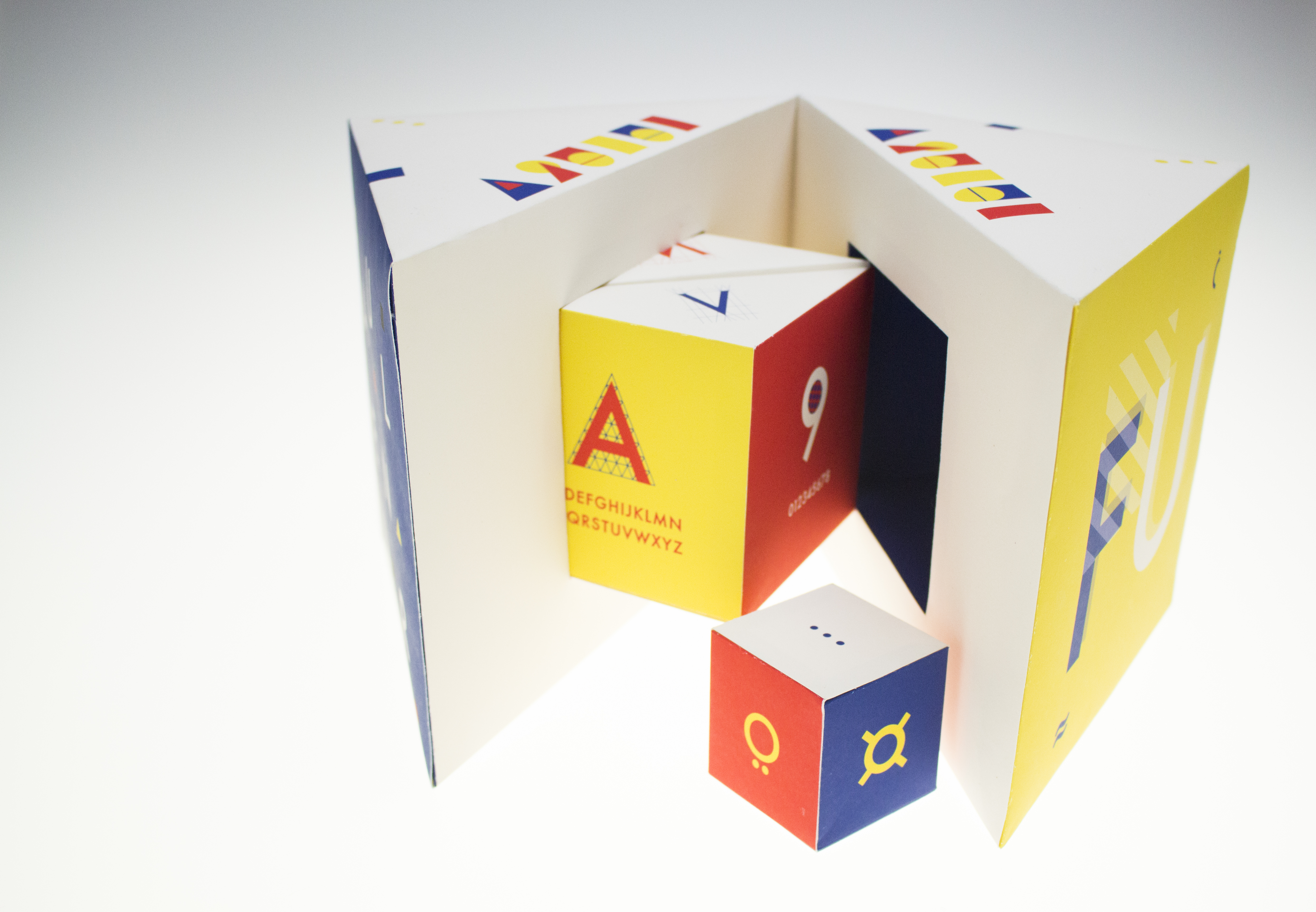 cube_about_Futura_handmade